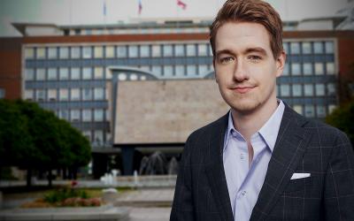 Souboj sarogancí úřadů anetransparentností: Pirátský zastupitel Lukáš Blažej vyhrál čtyřletý spor směstem Ústí nad Labem.